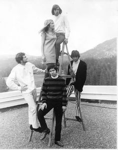 A very rare picture of Stevie Nicks and Lindsey Buckingham with Fritz, their first band ~