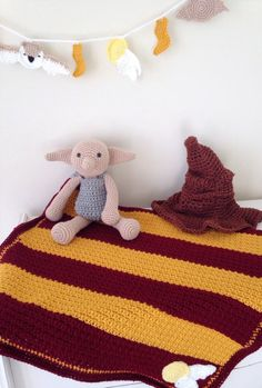 Crochet Harry Potter baby blanket Gryffindor by KitschyHoneybees (nursery crafts harry potter)