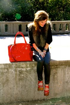 @brightonkeller // red patent leather shoes// dee keller shoes // fur vest outfit // fall outfit ideas