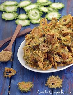 Karela Chips Recipe, Bitter Gourd Snack Veg Recipes, Indian Food Recipes, Asian Recipes, Vegetarian Recipes, Snack Recipes, Cooking Recipes, Gujarati Recipes, Vegetarian Soup, Methi Recipes