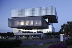 bioinnova-monterrey-university-glazed-boxes-tatiana-bilbao-mexico