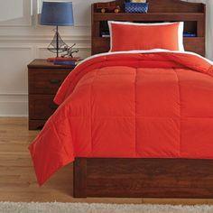 Q759091T - Twin Comforter Set