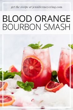 Blood Orange Bourbon Smash - Beautiful, seasonal blood orange cocktail made with fresh juice, bourbon, and topped with a little club soda. Easy Drink Recipes, Best Cocktail Recipes, Light Recipes, Cooking Recipes, Top Recipes, Vodka Lime, Lime Juice, Blood Orange Cocktail, Bourbon Smash