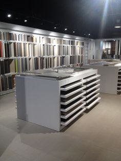 1000 images about showroom vendenheim forgiarini for Carrelage vendenheim