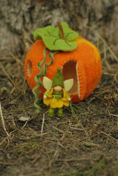 Little elf (or gnome) with a house-pumpkin // Waldorf doll // Wool pumpkin
