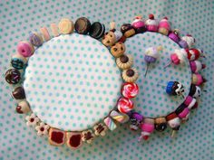 Alfifofos - Doçuras Biscuit, Cupcakes Decorados, Pin Cushions, Coin Purse, Beaded Bracelets, Purses, Jewelry, Stick Pins, Dreams