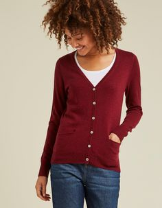 With cardigans,sweaters and knitted hoodies in FatFace's women's knitwear collection, the cold weather won't be an won't be a problem. V Neck Cardigan, Sweater Cardigan, Fat Face, Sweater Outfits, Fashion Advice, Cold Weather, Knitwear, Cashmere, Clothes For Women
