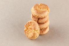 Aprende a preparar galletas de maicena para celíacos con esta rica y fácil receta. Gabriela Sosa nos comparte su receta de unas galletas muy ricas para disfrutar en...