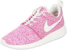 Nike Roshe Run W schoenen beige roze