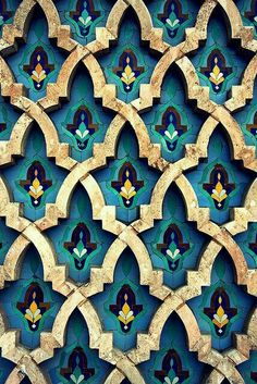 Moroccan tiles \\ the intricate pattern + jewel tones. Bright bold jewel tones are big for Textures Patterns, Color Patterns, Print Patterns, Colour Schemes, Islamic Architecture, Art And Architecture, Motif Oriental, Moroccan Tiles, Moroccan Pattern