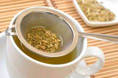 Ever tried a cup of fennel tea? Wondering what& so special about this tea? Then, these 16 fennel tea benefits will give you best reasons to include in diet Benefits Of Fennel, Tea Benefits, Health Benefits, Health Tips, Herbal Remedies, Natural Remedies, Fennel Tea, Gastro, Fennel Seeds