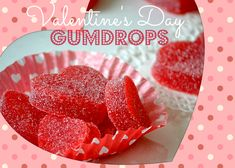 This recipe for Homemade Valentine's Day Gumdrops is the perfect edible gift for a friend or significant other. Not only do the gumdrops looks adorable in a heart shape, but this gumdrop recipe is delicious too! Chocolate Cake Mix Cookies, White Chocolate Cake, Chocolate Crinkles, Valentines Day Desserts, Homemade Valentines, Valentine Treats, Kids Valentines, Printable Valentine, Valentine Party