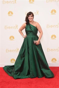 """Fargo"" star Allison Tolman arrives at the 2014 Emmy Awards at the Nokia Theatre L.A. Live in Los Angeles on Aug. 25, 2014."