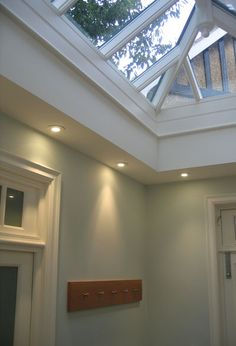 Example of downlighters placed around internal soffit of roof lantern House Extension Design, Roof Extension, House Design, Extension Ideas, Orangery Roof, Kitchen Orangery, Garden Room Extensions, House Extensions, Kitchen Extensions