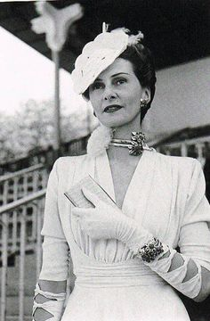 Helene Arpels 1939 | Born in Monte Carlo to Russian parents, Hélène Ostrowska was a fashion model whose elegance and grace had made a powerful impression on Paris and New York's society. In 1933 married Louis Arpels. After WWII, they crossed the Atlantic when the Arpels family established Van Cleef & Arpels' New York branch.