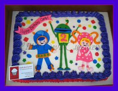 Umi zoomi cake with fondant characters