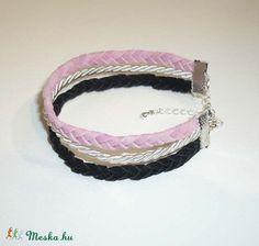 Rózsaszín, fehér, fekete - 3 soros fonott velúr-hatású / selyemzsinór karkötő (Borbimuhely) - Meska.hu