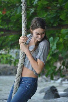 Shailene Woodley                                                       …
