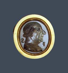 Intaglio. Francesco Sforza. Ca 1450s. Milan. italy. Chalcedonyx and gold. The Hermitage Museum