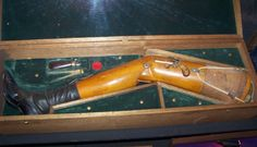 STRANGE ANTIQUE ITEMS - WOODEN LEG WITH A BUILD-IN GUN! - SMALL DERRINGER NEAR THE KNEE!