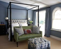 Vanha maalaistalo Englannissa - An Old Farmhouse in England Period Living Kuvat: David Parmiter Koti E. Period Living, Accent Chairs Under 100, Chairs For Rent, Vogue Living, Design Blog, Design Ideas, Blue Bedroom, Master Bedroom, White Rooms