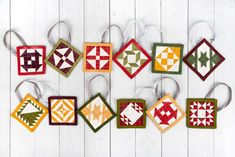 DIY Quilted Ornaments in 10 Easy Steps - The Jolly Jabber Quilting Blog Diy Quilted Christmas Ornaments, Christmas Sewing, Christmas Fabric, Holiday Ornaments, Holiday Crafts, Christmas Ideas, Holiday Ideas, Christmas Stuff, Christmas Time