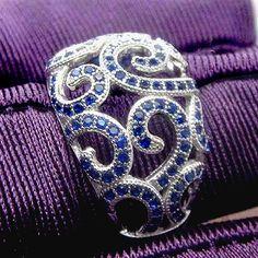 Arremolinados en azul 14K oro blanco y zafiro por InTheIceBox
