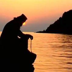 προσευχή Monument Valley, Christianity, Spirituality, Profile, Sunset, Photo And Video, World, Animals, Outdoor