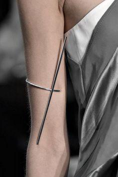 「minimalist accessories」の画像検索結果