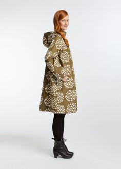 what a wicked raincoat!   Leikko raincoat | Coats | Marimekko
