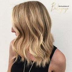 A fresh Blonde finish while keeping it rooty in the crown for low-maintenance and dimension! Beauty by @lindsayryffelhair
