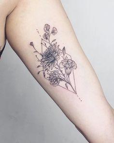Natur Tattoos, Kunst Tattoos, Body Art Tattoos, New Tattoos, Sleeve Tattoos, Tatoos, Inner Arm Tattoos, Fashion Tattoos, Flower Tattoo Meanings