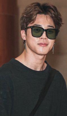 Bts Jimin, Bts Bangtan Boy, Bts Taehyung, Jimin Hair, Jin, Foto Bts, Jikook, Mochi, Mini E