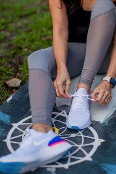 Men's Running Shoes – Men Shoes Site Sneaker Quotes, Running Shoes For Men, Shoes Men, Nike Shoes, Sneakers Nike, Workout Routines For Women, Fashion Photo, Fitness Fashion, Womens Fashion