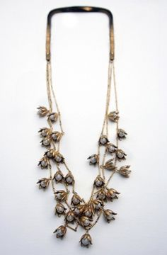 vintage inspired lily chain necklace | brass flowers & cream pearls