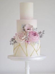 Featured Cake: Cotton & Crumbs; www.cottonandcrumbs.co.uk; Wedding cake idea. #modernweddingcakes