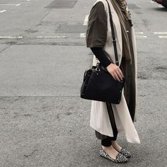 #nabiilabee #ootd #khaki #fashion #cream #topshop #forever21 #zara #modest #oversized #vogue