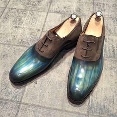 New parina : Dolphin & bronze - model : 8460 goodyear : 390€ #jmlegazel #dandy #elegance #shoesaddict #paris #handmade #patina #custom #chaussures #souliers #mensstyle #shoes #shoeshine #modehomme #mode #men #fashion #style #luxe #menstyle #menswear #leather #carlossantos #menshoes #instashoes #patine #patina #custom #gq #guyswithstyle #polish #carlossantos #shoesoftheday
