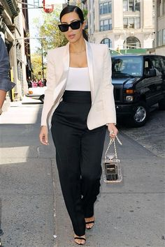 Kim Kardashian spotted in New York's SoHo district on May 5, 2014.