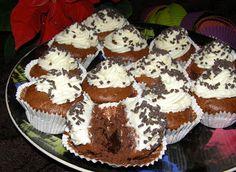 W Mojej Kuchni Lubię.. : piernikowe z czekoladą i śmietaną babeczki...