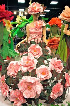 essay on flower rose