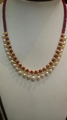 20 Ideas Jewerly Design Necklace Chains For 2019 20 Ideas Jewerly Design Necklace Chains For 2019 Pearl Necklace Designs, Gold Earrings Designs, Gold Jewellery Design, Handmade Jewellery, Pearl Necklaces, Jewelry Necklaces, Gold Necklace, Jewelry Holder, Bridal Jewelry