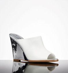 Modne buty z sieciówek na wiosnę 2015, Mohito, 179,99zł, fot. mat. prasowe