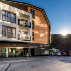 Alfa Hotel, Serfaus: Gastgeber aus Leidenschaft - LIFESTYLEHOTELS Design Hotel, Geocaching, Style At Home, Mansions, House Styles, Home Decor, Passion, Mansion Houses, Homemade Home Decor
