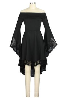 Great Stretch material trimmed in black lace. Gothic top, tunic or dress. Hi/Lo hemline, angle bell sleeves and off the shoulder neckline. Available in sizes up 28. Material: 93% POLYESTER 7% SPANDEX Standard size approx. length: 40 inches; Plus size approx. length: 42 inches Delivery Time: 10 days