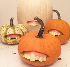 Weird Pumpkin Decoration for Halloween Funny Pumpkin Carvings, Pumpkin Carving Party, Pumpkin Art, Pumpkin Crafts, Cute Pumpkin, Pumpkin Painting, Pumpkin Ideas, Funny Pumpkins, Halloween Pumpkins
