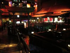 """Chinese Architecture And Calming Water Features Welcome Guests To Benihana At LVH (Las Vegas Hotel) (From the post """"Benihana At LVH"""" - FuzzyNavels.com)"""