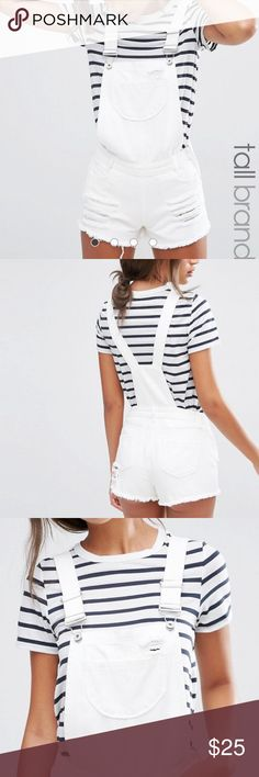 WHITE DISTRESSED DENIM OVERALL SHORTS WHITE DISTRESSED DENIM OVERALL SHORTS WITH RIPS ASOS SIZE 8 NEVER WORN ASOS Other