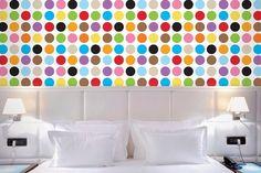 Kleurrijk behangpapier van Wall Candy Arts