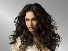 Megan Fox Sexy Look Wallpapers Megan Fox Photoshoot, Megan Fox News, Megan Denise, Sublime Creature, Megan Fox Pictures, Star Pictures, Provocateur, Brown Hair With Highlights, Messy Hairstyles
